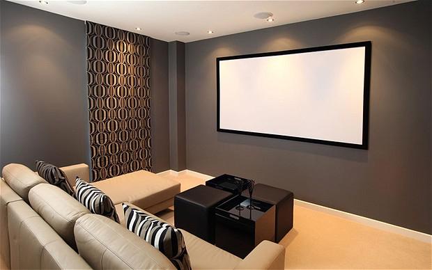 Confira como ter uma sala de cinema em casa sem gastar - Sala cinema in casa ...