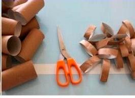 Decoração com rolo de papel higi~enico